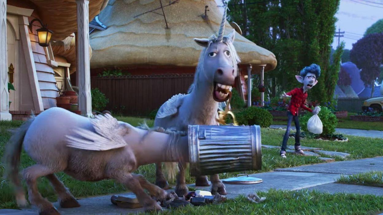 Des Licornes Font Les Poubelles Dans La Bande Annonce Folle Du