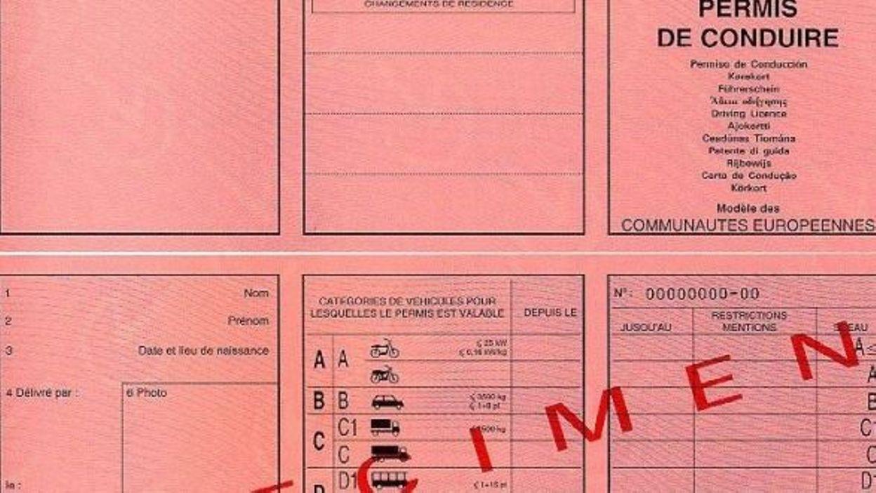 longue attente pour l 39 examen pratique du permis de conduire. Black Bedroom Furniture Sets. Home Design Ideas