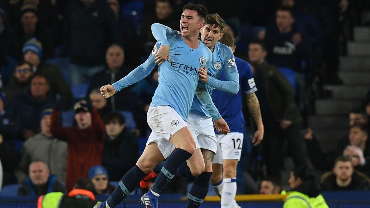 Man City s'impose à Everton et met la pression sur Liverpool