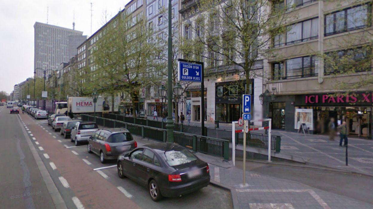 Bruxelles les magasins du haut de la ville bient t - Magasin ouvert le dimanche caen ...