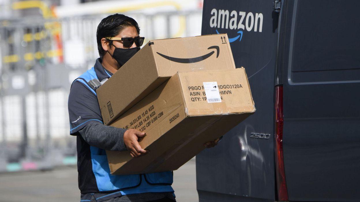 Amazon installe des caméras de surveillance dans ses véhicules de livraison et suscite la colère d'associations - RTBF