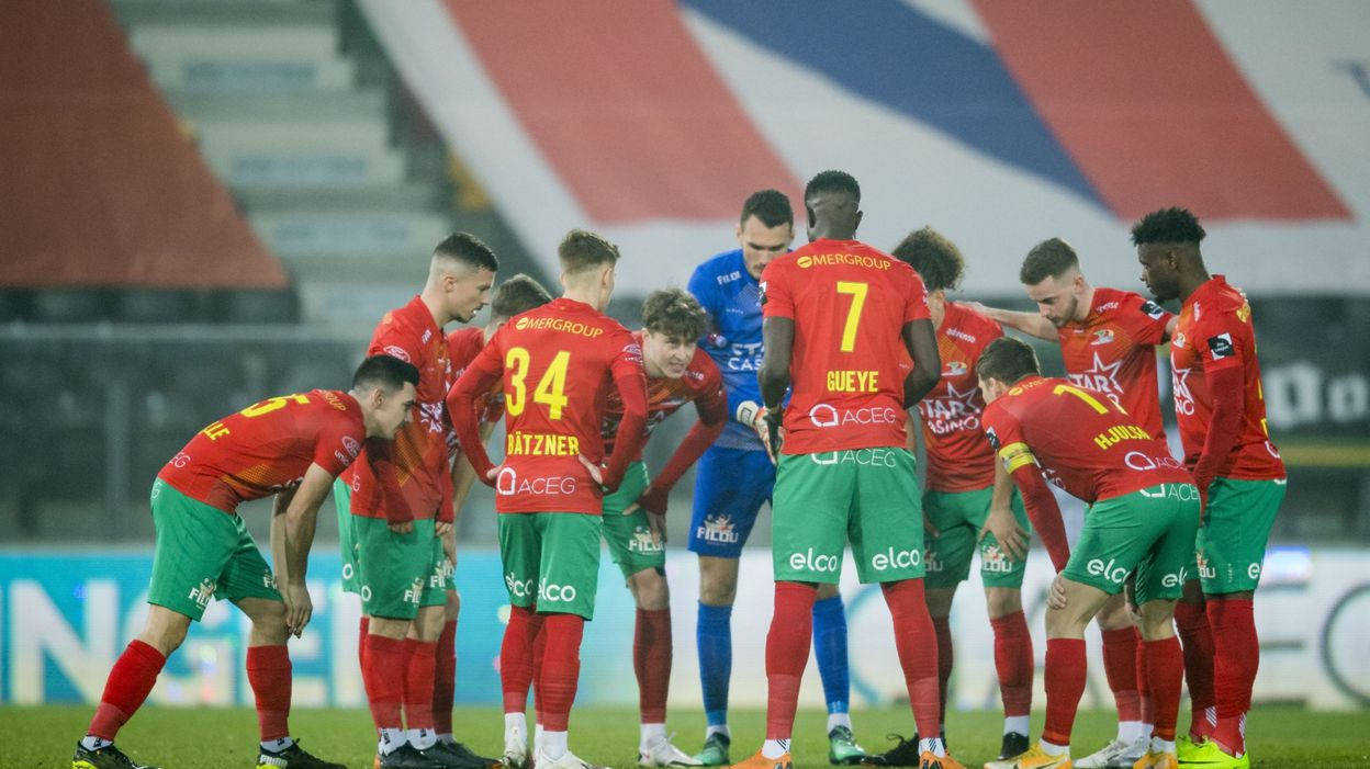 Sport FOOTBALL Ostende domine Malines et consolide sa 4e place - RTBF