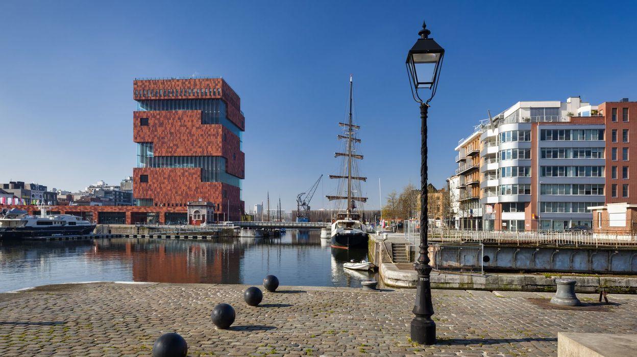 Coronavirus Le Couvre Feu Et L Obligation De Port Du Masque Leves A Anvers A Partir De Minuit