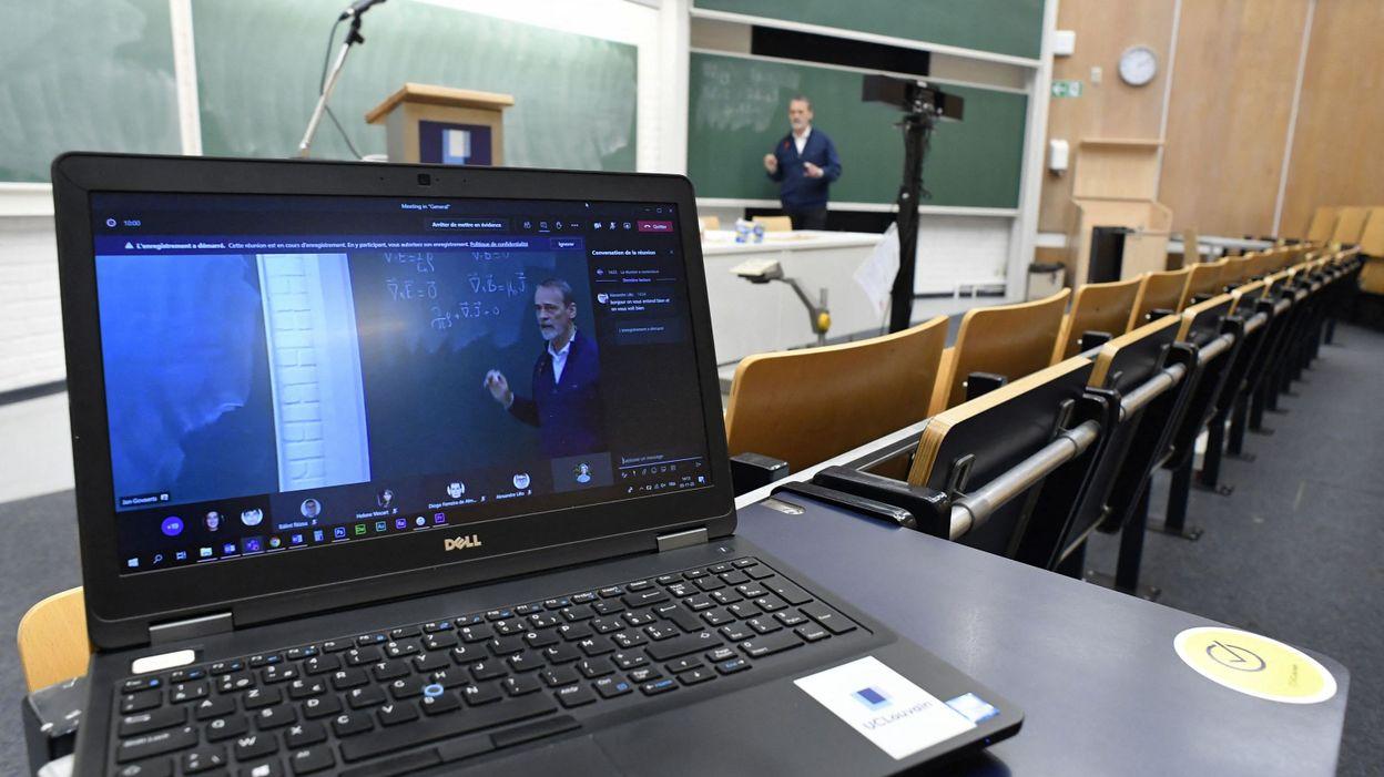Visites en réalité virtuelle, échanges à distance : l'UCLouvain s'organise pour ouvrir ses portes aux rhétos - RTBF