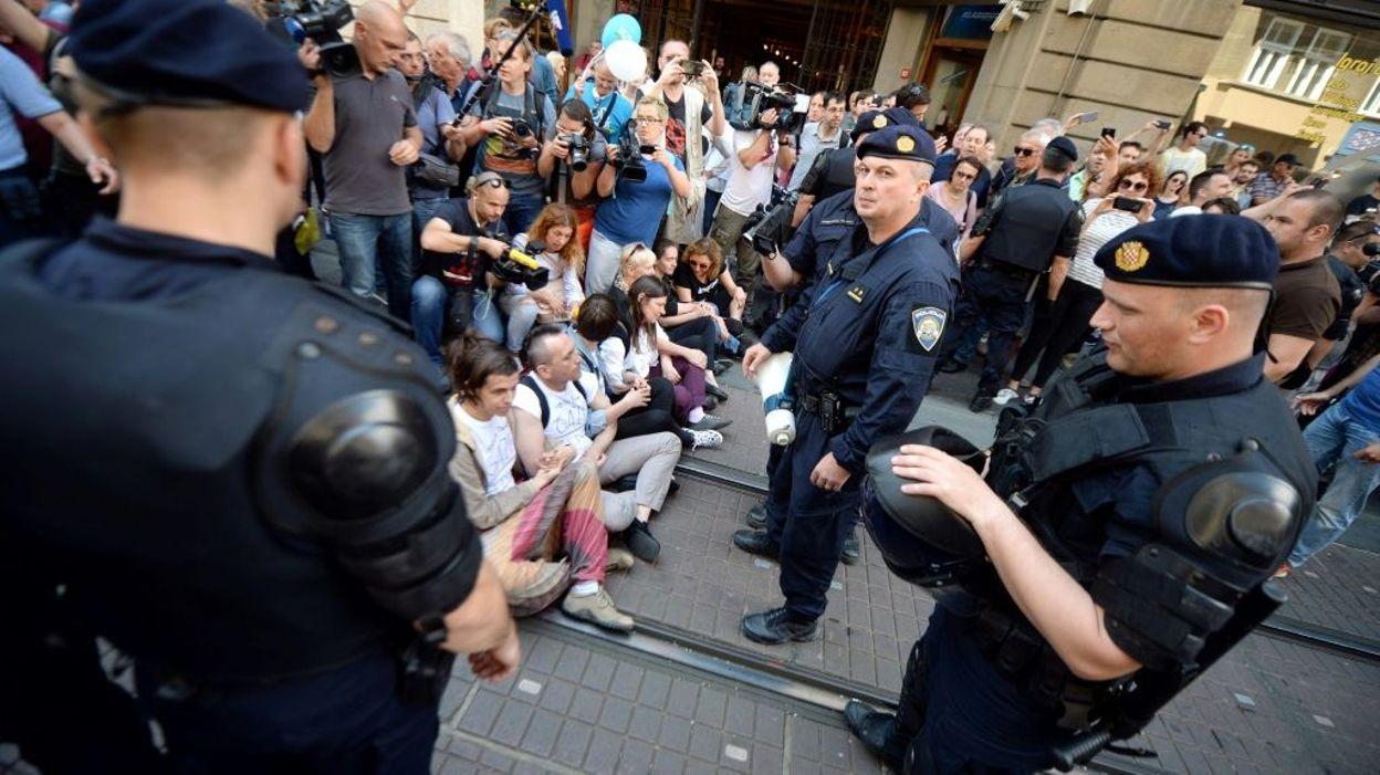 croatie 20 000 manifestants contre l 39 avortement. Black Bedroom Furniture Sets. Home Design Ideas