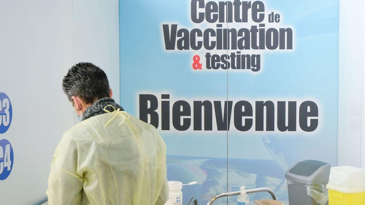 Phase 1B de la vaccination : tous les centres ne seront pas prêts pour lundi - RTBF