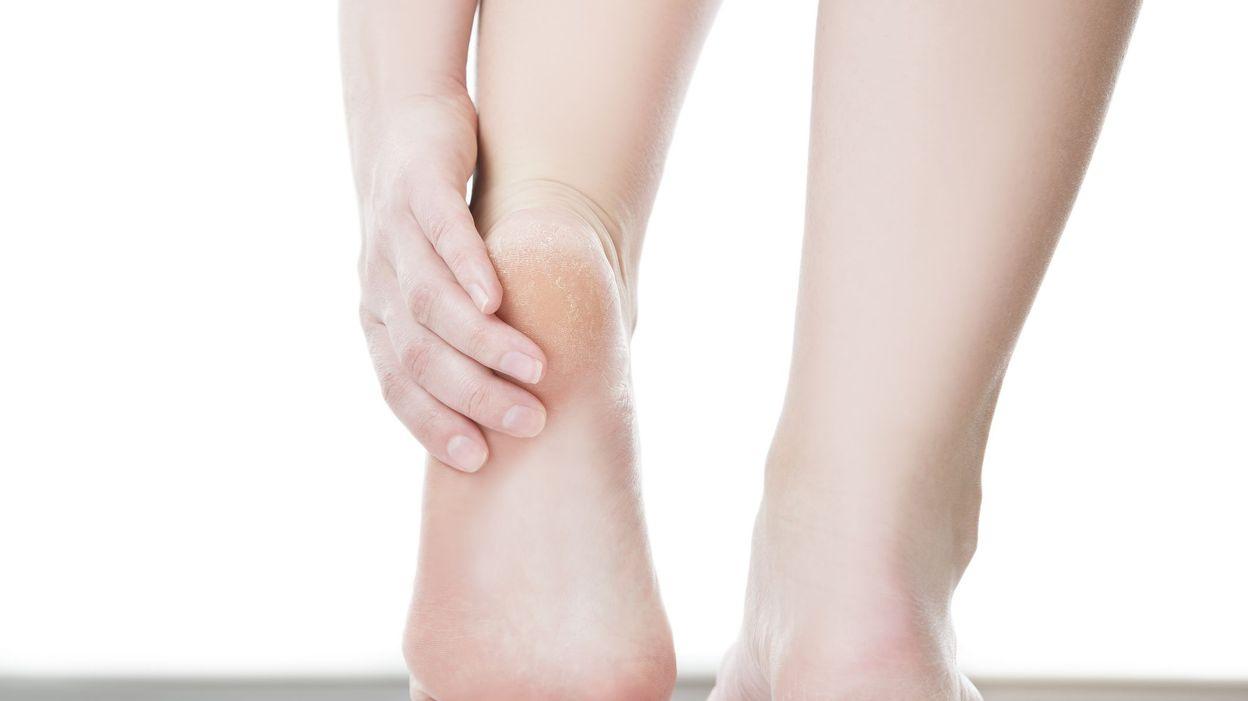 comment nettoyer ses talons de pied