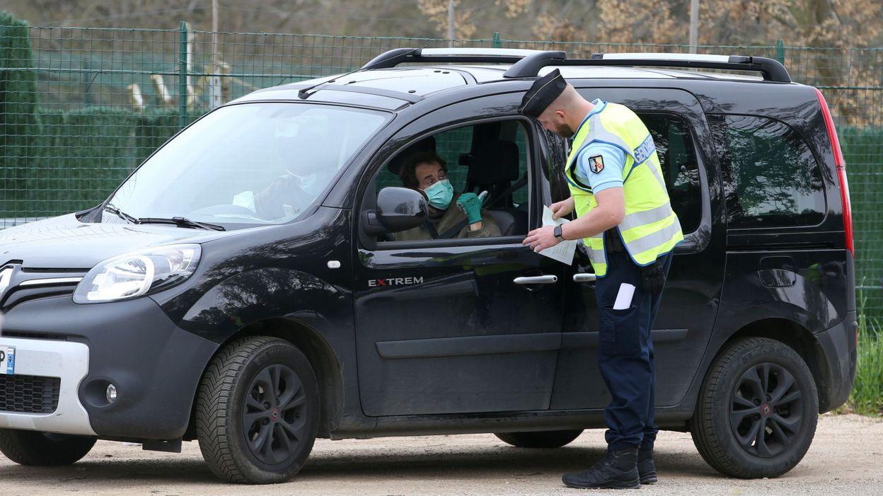 Coronavirus Faute D Attestation De Deplacement Derogatoire Ils Doivent Choisir Entre Etre Bloques En France Ou En Belgique