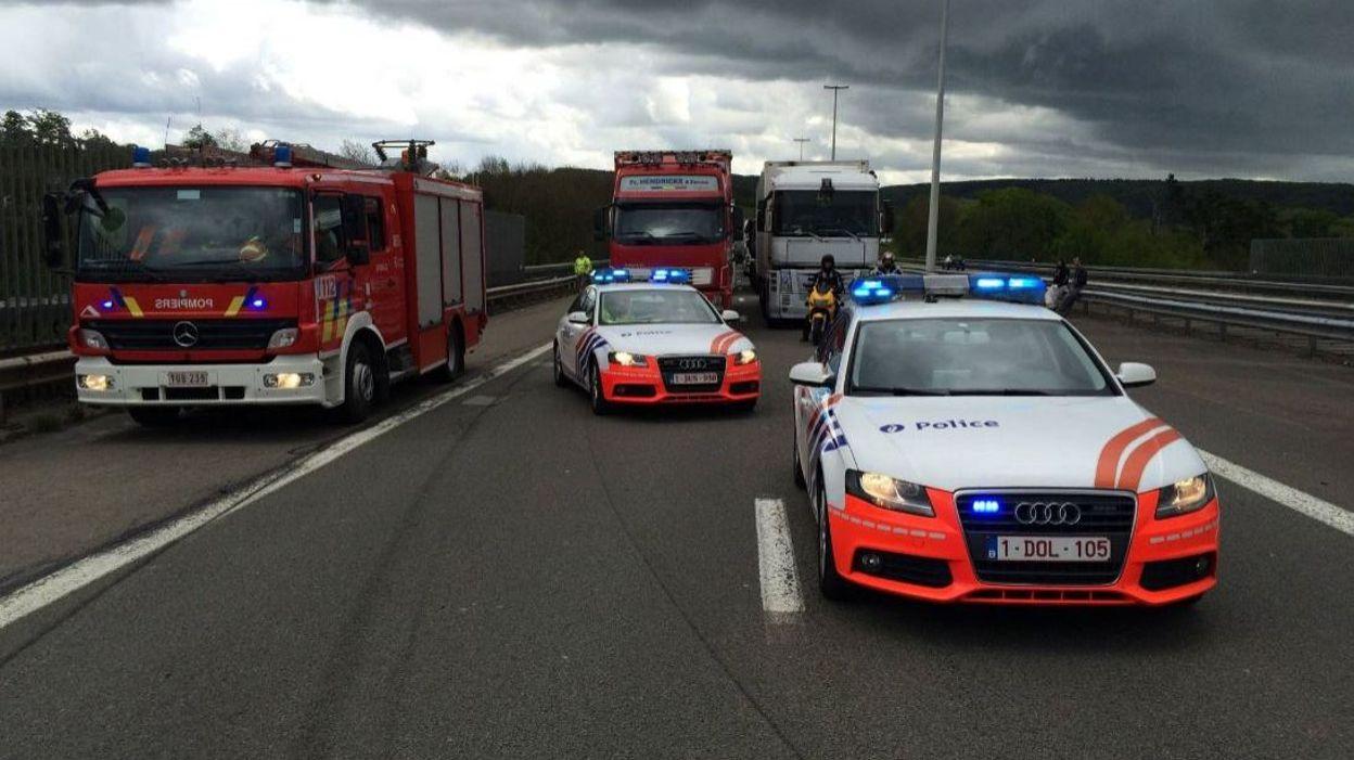 Grave accident entre un camion et une voiture sur l 39 e411 for Hauteur d une voiture
