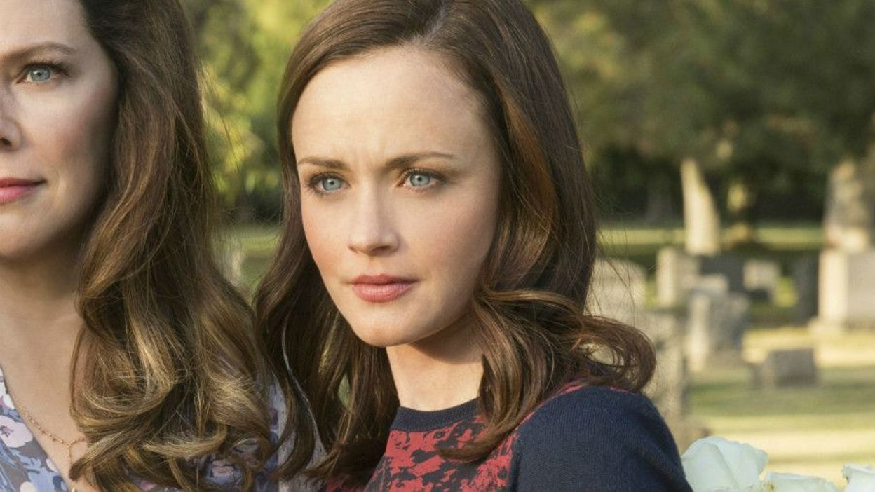Revisiting Gilmore Girls: How Did We Miss Rory's Entitled Hypocrisy?