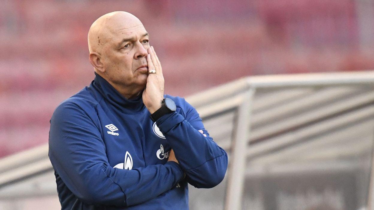 12h45 Schalke fait le grand ménage et vire son entraîneur et son directeur technique - RTBF