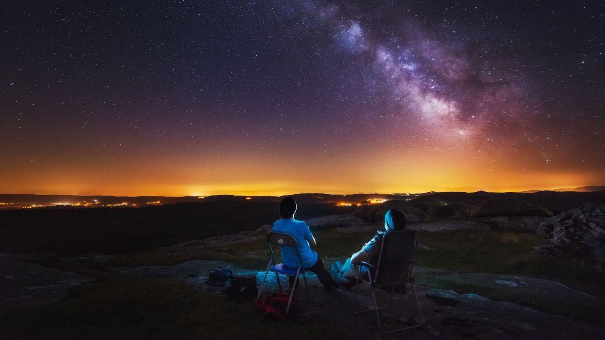Astronomie : la carte du ciel et les événements célestes du mois de mars - RTBF