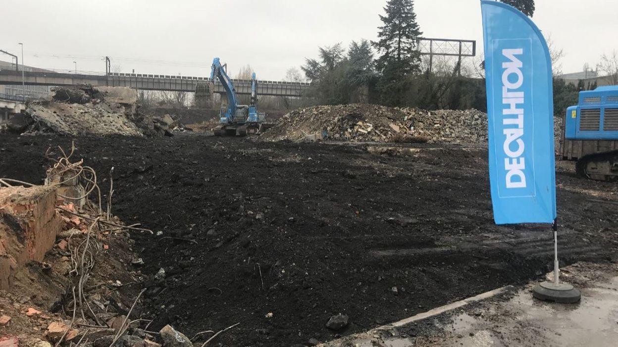5d6bb158e5 La première pierre du nouveau magasin Décathlon de Charleroi a été posée