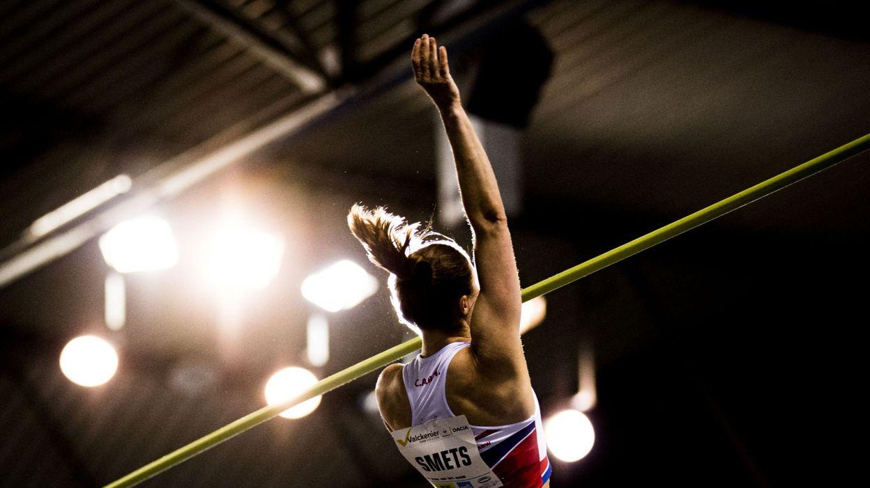 Championnat de Belgique d'Athlétisme, saut à la perche : Fanny Smets améliore son record de Belgique - RTBF