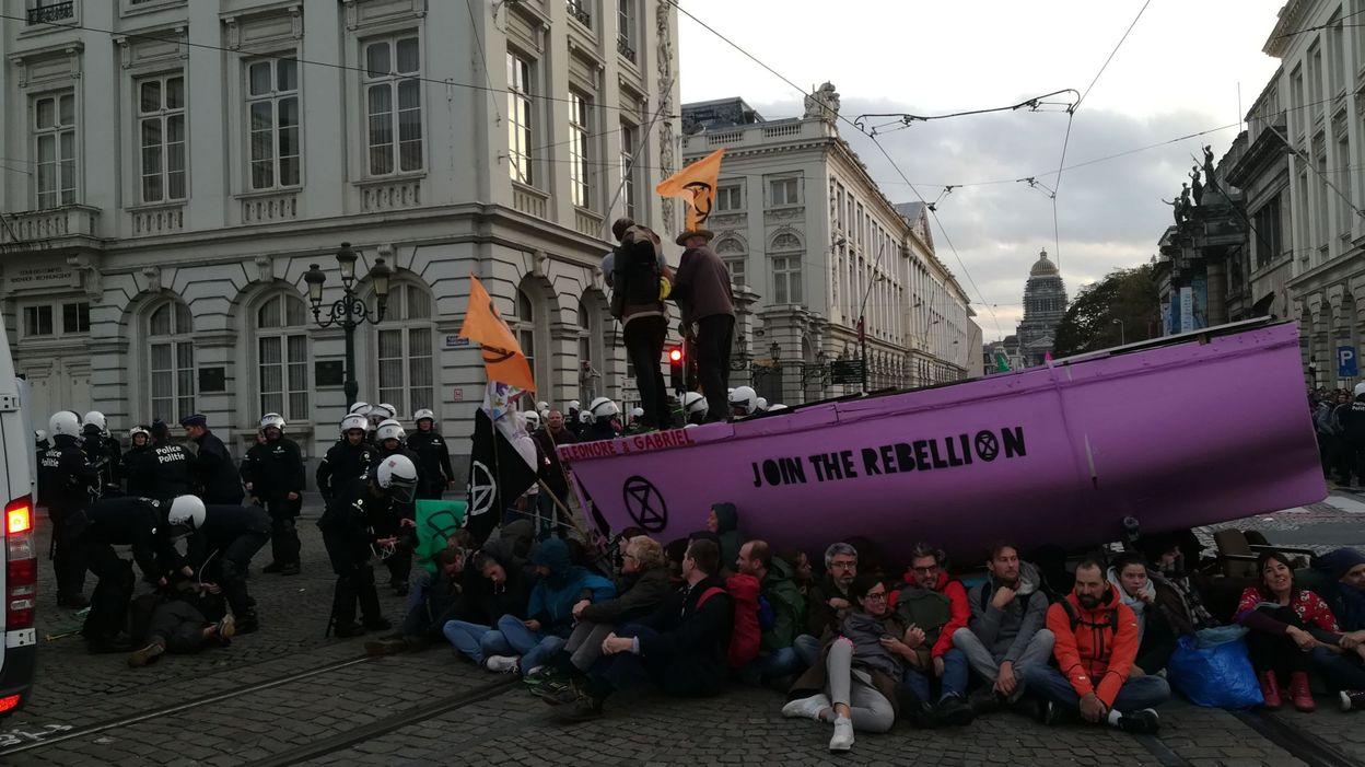 """Philippe Close: """" Mon boulot n'est pas d'encourager la désobéissance civile, mais de gérer une ville """""""