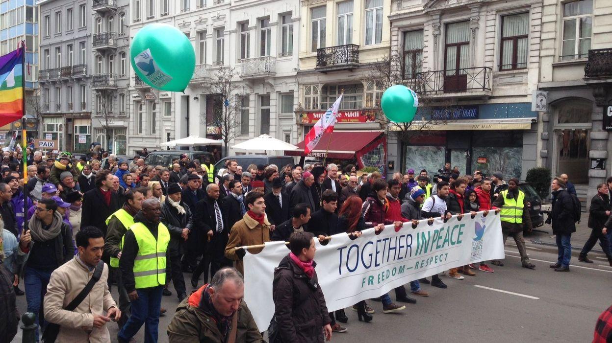 Musulmans juifs catholiques 4000 marcheurs pour la for Redaction sur le respect