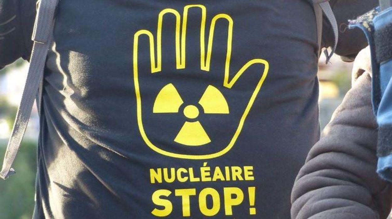 SOCIETE › Les mouvements anti-nucléaires vont squatter plusieurs commissariats ce week-end … RTBF