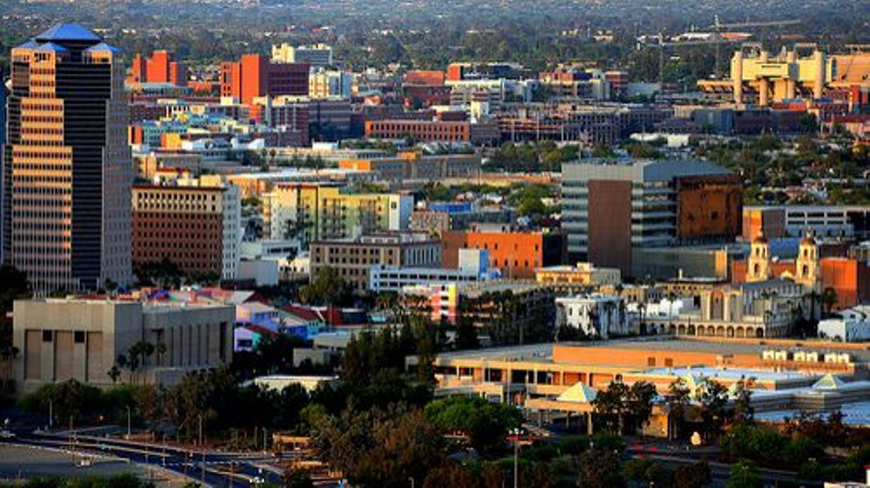 Datant Tucson AZ