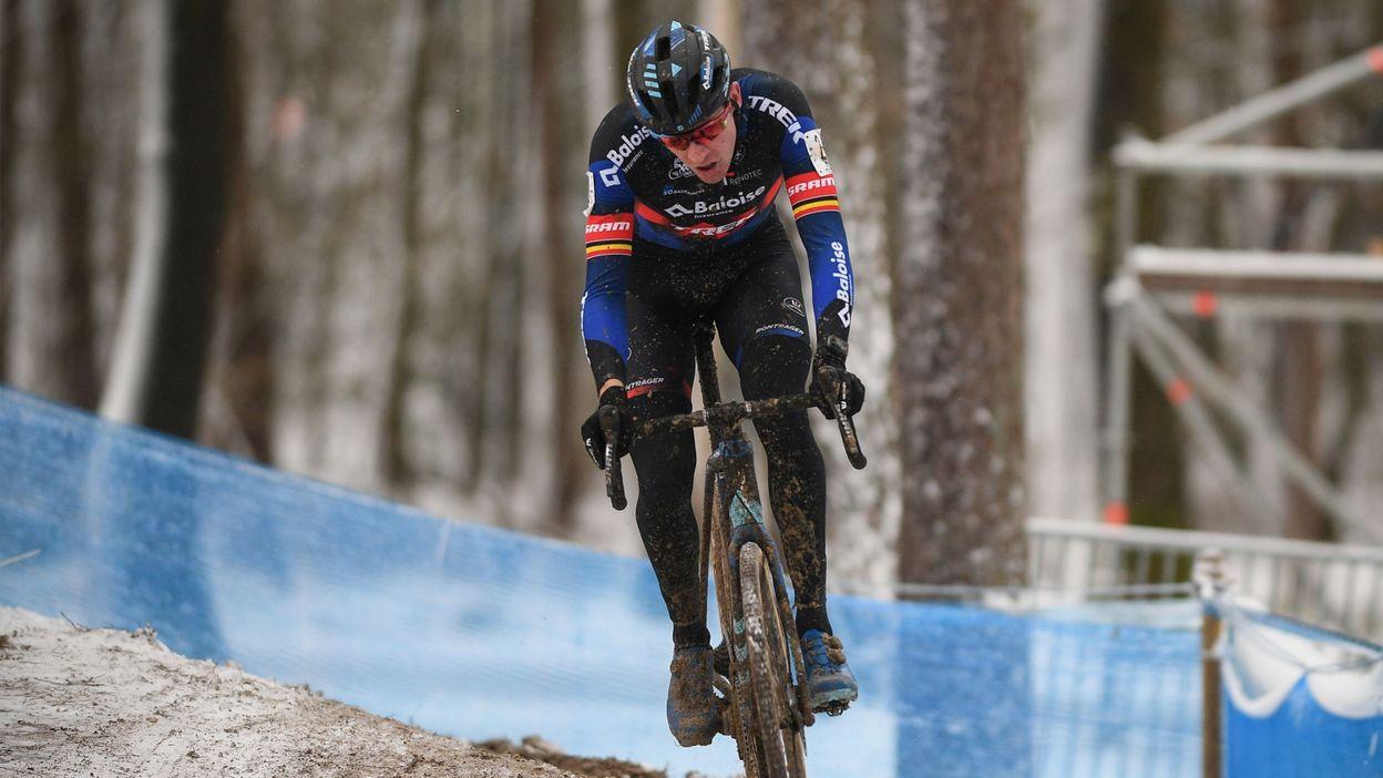Aerts fait plier Hermans et s'impose au cyclocross ULB-VUB, Alvarado surclasse la concurrence chez les dames - RTBF