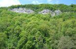 La Roche-aux-Faucons, un pic culminant à 205 mètres, classé depuis 1947