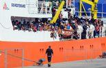 Des bateaux humanitaires pour récupérer les migrants