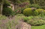 Le jardin est savamment structuré
