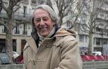 Jean Rochefort le long du Canal Saint Martin à Paris en 2006