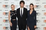 Lily-Rose Depp, Louis Garrel et Laetitia Casta