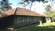 Une maison de Monte Alegre à l'architecture typique des maisons construites par les Belges au Congo. La maison est encore habitée par l'épouse d'un ancien coopérateur.