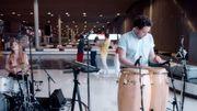 Superbe vidéo live dans un aéroport pour Metronomy