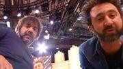 Chez Yann Barthès, Thomas VDB et Mathieu Madénian jouent leur sketch censuré par France2
