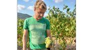 Ce jeune amaytois a quitté les bords de Meuse à 19 ans pour se lancer dans la culture de la vigne en France.