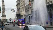 Bruxelles: une fuite crée un mini-geyser rue du Congrès