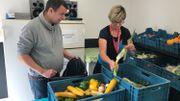 Succès d'une appli anti-gaspillage: des associations d'aide aux plus démunis tirent la sonnette d'alarme