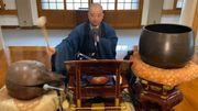 [Zapping 21] Un moine bouddhiste reprend Queen, les Beatles et les Ramones