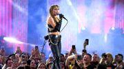 """Miley Cyrus reprendra """"The Thrill is Gone"""" sur le nouvel album de Jeff Goldblum"""