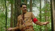 """Jojo Rabbit"" : la bande-annonce loufoque avec Taika Waititi dans la peau de Hitler"
