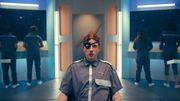 Two Door Cinema Club s'amuse avec un clip SF volontairement ringard, entre Star Trek et Bioman