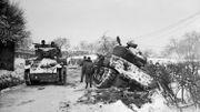 Des chars coincés dans la neige