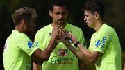 """La sanction de Suarez peut """"ruiner sa vie"""", selon Fred"""
