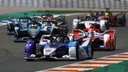 Formule E : Le rookie Dennis mate les cadors et remporte son 1e E-Prix, Vandoorne contraint à l'abandon