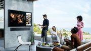 Samsung dévoile The Terrace, une TV conçue pour l'extérieur