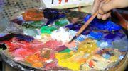 Un artiste de Mossoul retrouve ses peintures intactes après la libération de la ville