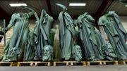 Notre-Dame: les statues du toit échappent au sinistre; le coq de la flèche retrouvé