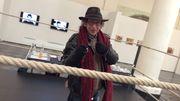 André Stas sur le ring en hommage au Cirque divers