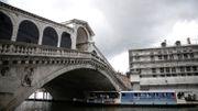 Venise: 3 terroristes présumés, qui voulaient frapper le pont du Rialto, ont été arrêtés