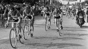 Eddy Merckx et l'équipe Faema à l'arrivée du CLM par équipes à Woluwe-Saint-Pierre en 1969