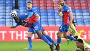 Premier League: Crystal Palace battu par Arsenal, Benteke buteur de la tête