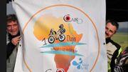 2 potes en bécane pour 100 jours d'aventure humaine et humanitaire à travers l'Afrique