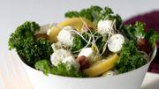 Recette : salade de kale aux billes de fromage